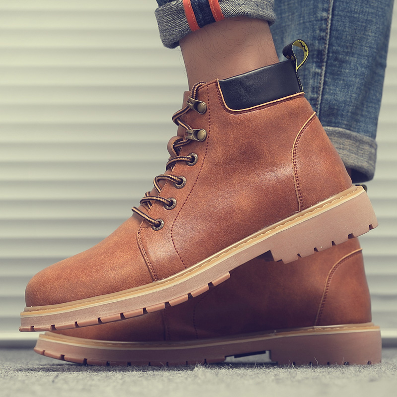 New mens boots European and American British rhubarb boots fashion high top mens shoes big head desert work boots Martin boots