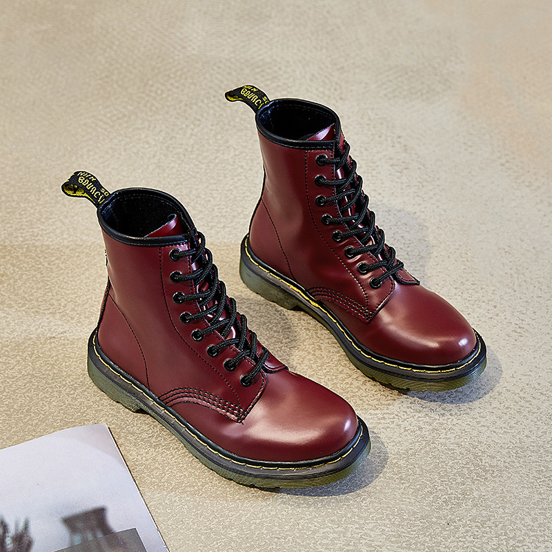 Fall / winter 2019 flat bottomed low heeled British Martin boots women leather medium tube women lovers leather short boots women motorcycle boots