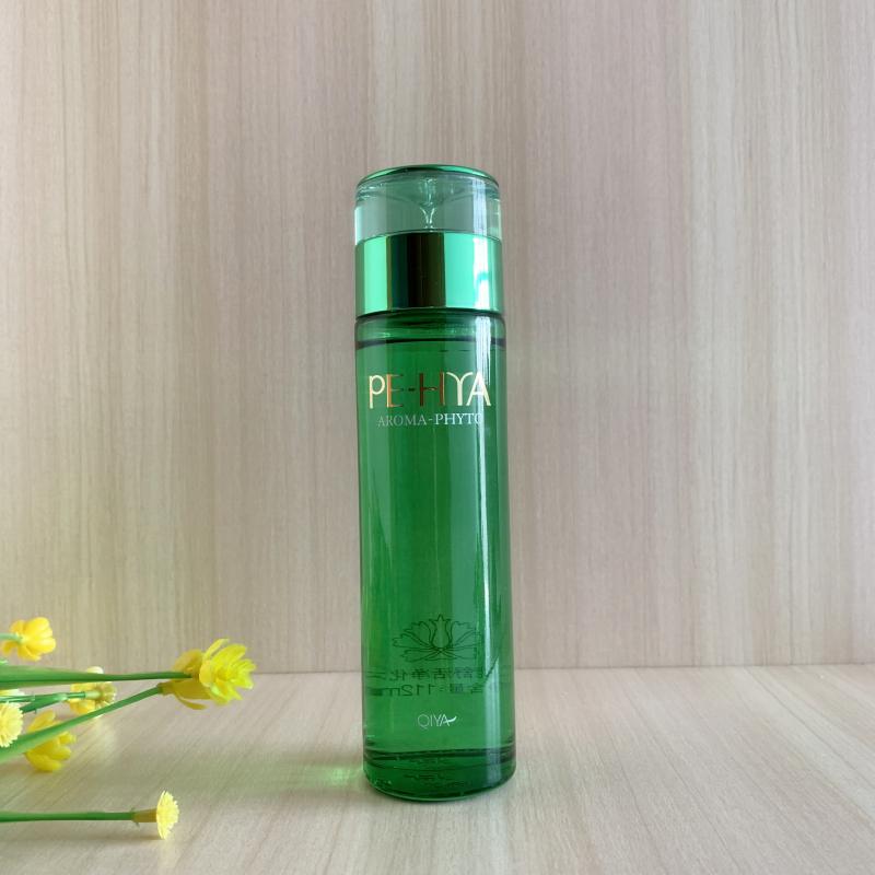キアの優は快適に水のさわやかな肌の水の女性のさわやかな型を浄化して保湿を補って毛穴のスキンケア用品の化粧品を縮小することができます。