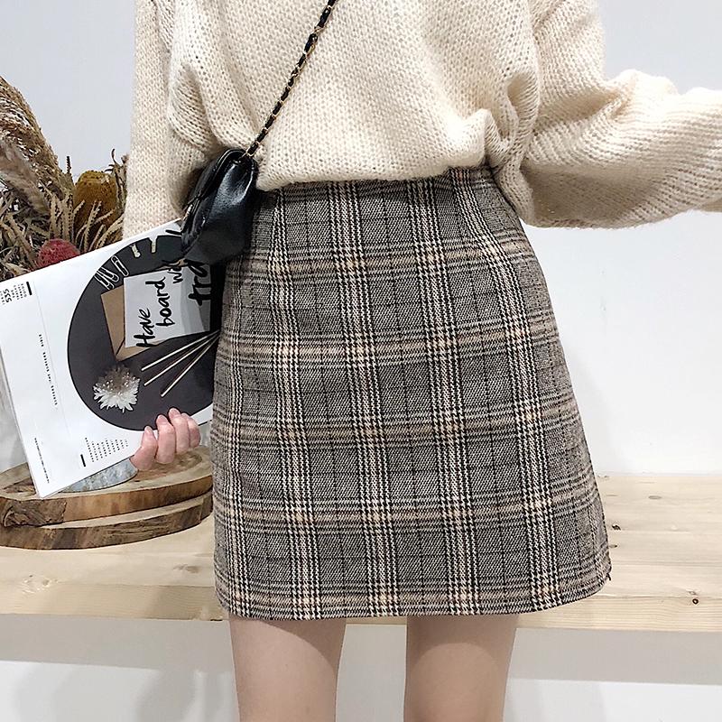 学院风半身裙秋冬女装新款学生复古格纹A字短裙子高腰包臀一步裙
