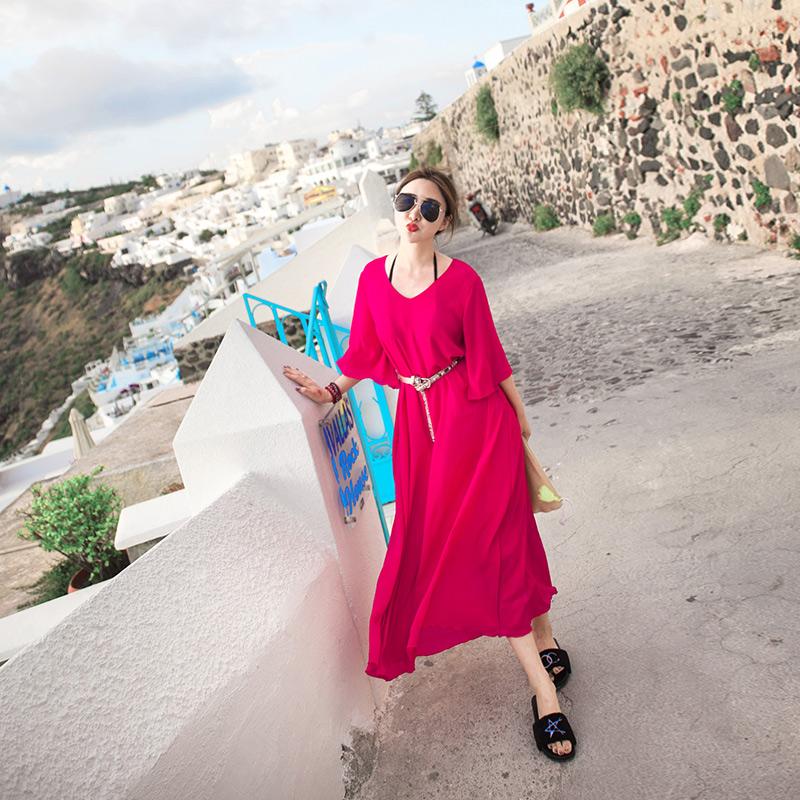 沙滩裙女夏2018新款泰国海边度假显瘦仙女长裙红色波西米亚连衣裙