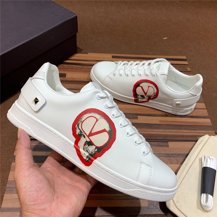 Lovers low top lace up Italian imported cowhide print anti slip sole casual sports shoes small white shoes for men and women