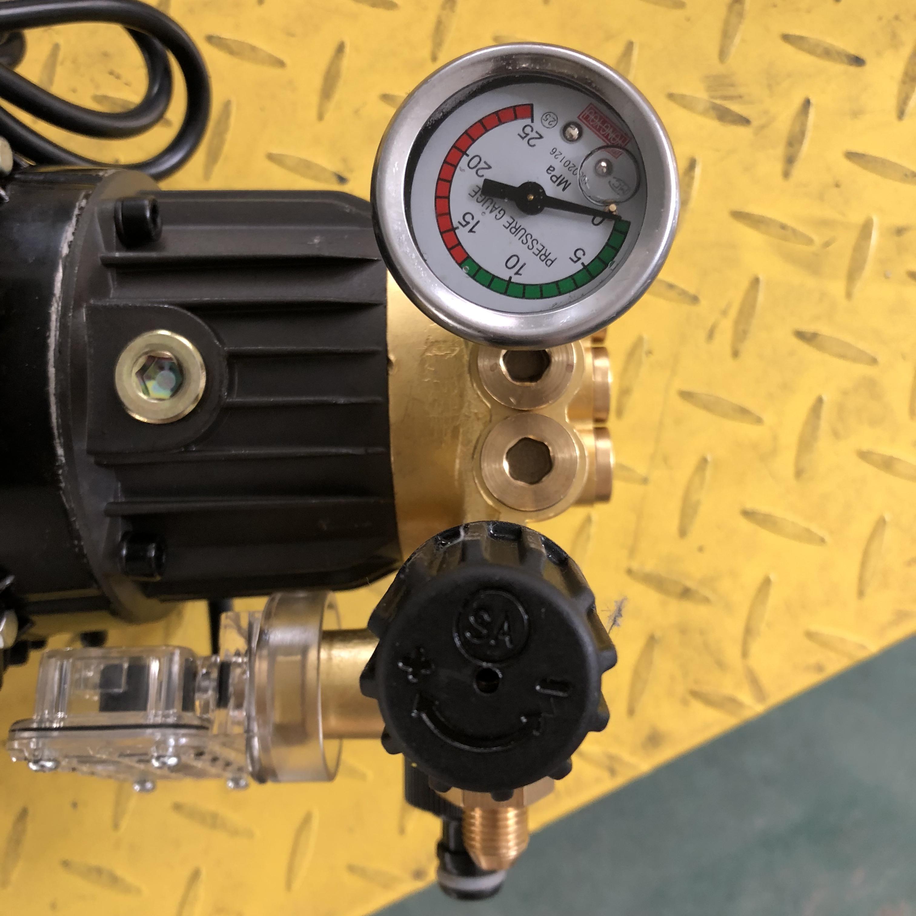 易禾清洗机1800/1808/1807手提便携式泵头配件洗车机高压清洗机