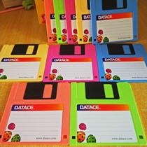 非常稀缺珍贵2HD老牌3.5寸软盘磁盘1.44M电脑/绣花机纺织机用