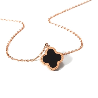 Necklace female clavicle chain 18K Gold Black clover lucky pendant rose gold Valentine's Day gift