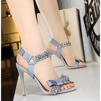 Korean version of summer banquet high-heeled shoes slim heels high-heeled shiny Rhinestone bowstring sandals 833-3