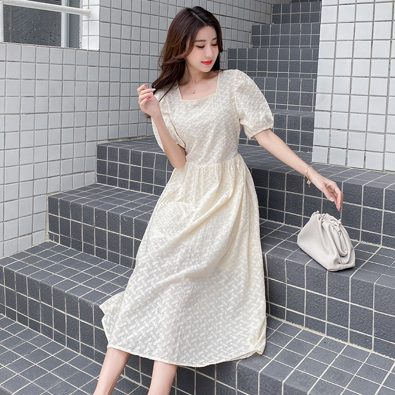 Bubble sleeve dress womens summer new 2020 French high waisted slim temperament ins style square collar yellow skirt
