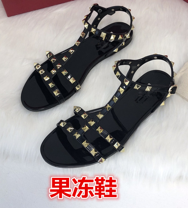 Summer European and American thin band rivet Roman style sandals soft bottom jelly sandals comfortable open toe sandals fashion flat bottom