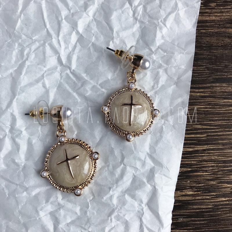 Loquita minimalist simple retro palace Baroque drop glaze Khaki pearl cross Round Earrings