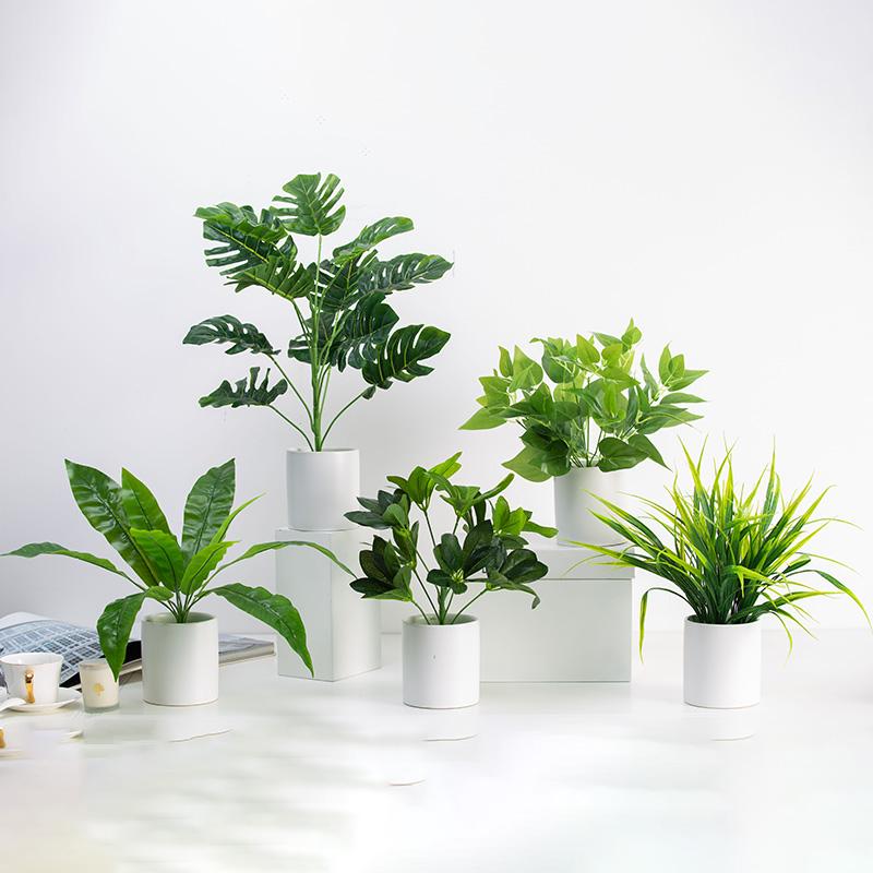 北欧仿真植物摆件假绿植盆景办公室内装饰品家居客厅龟背叶小盆栽