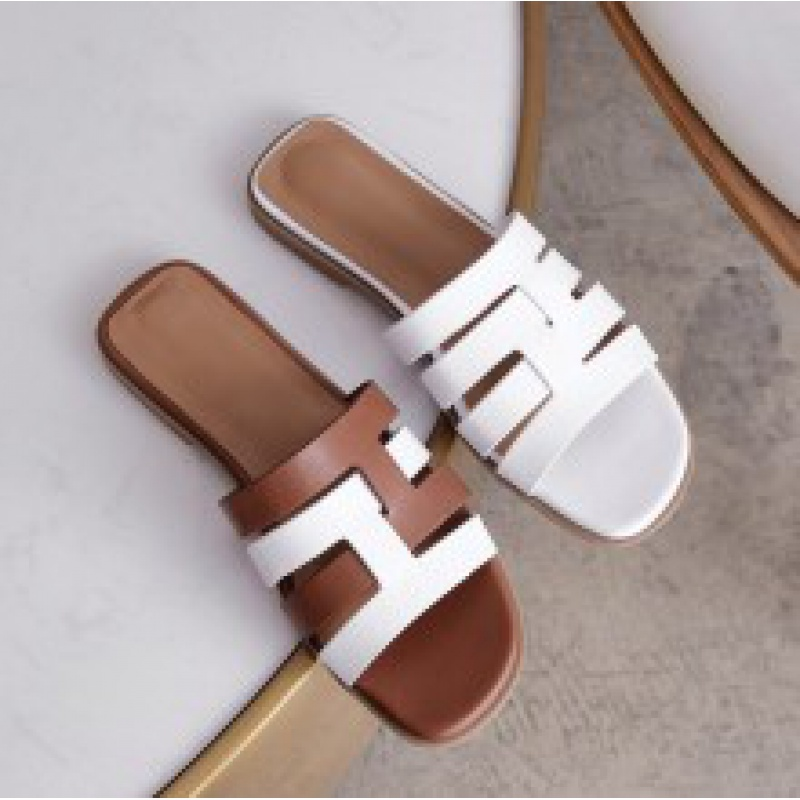 New summer sandals h slippers Xiaoxiang Tianlun sandals matching color medium heel womens shoes leather woven hole shoes