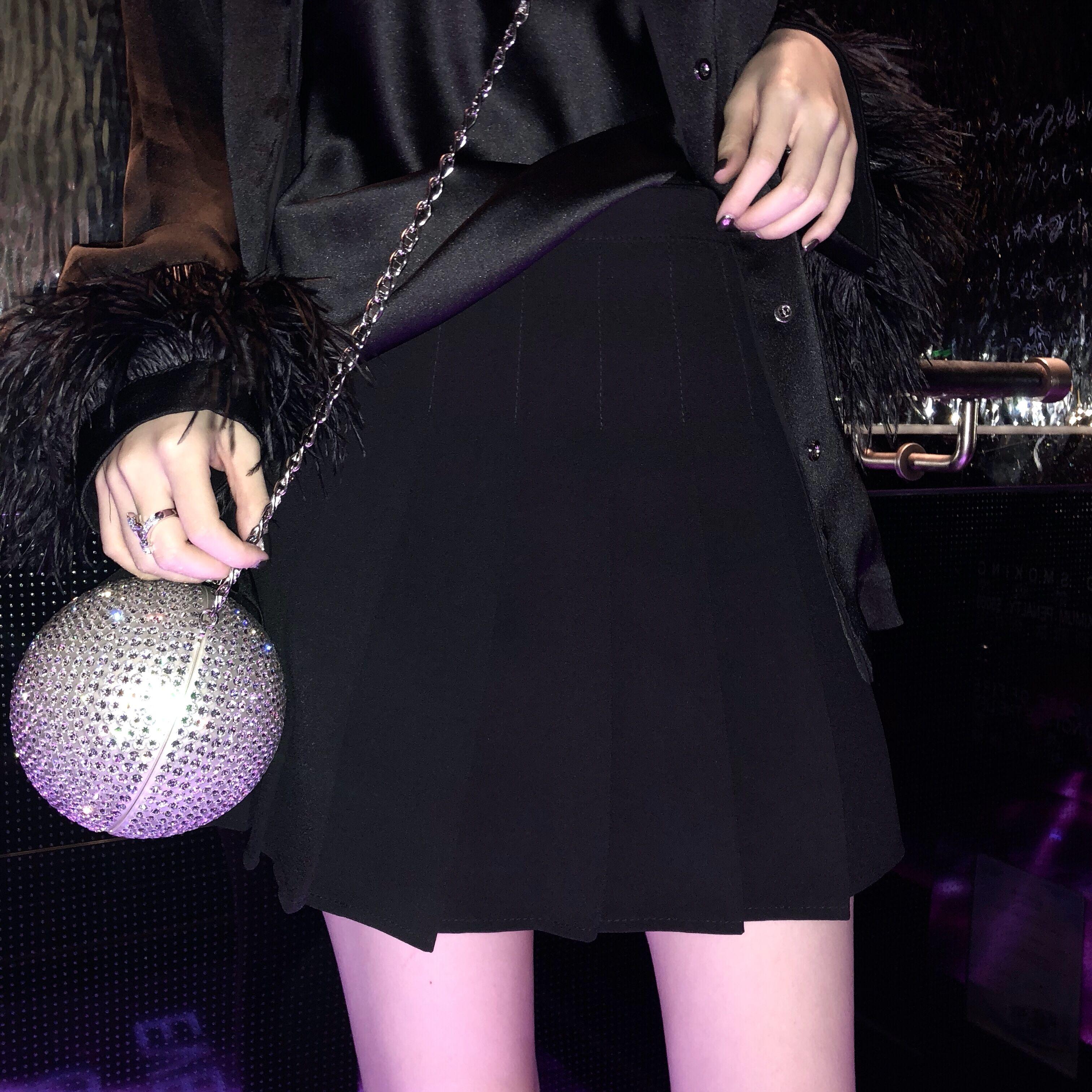 CHICYOU 人手一条黑白粉三色高腰显瘦百搭经典气质百褶短裙裙裤热销41件手慢无