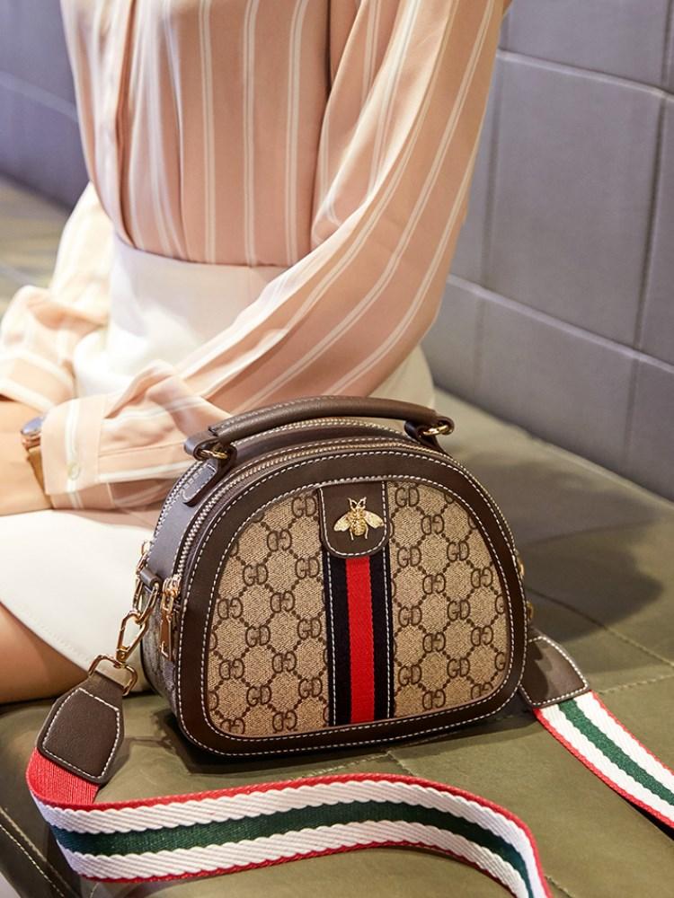 包包2020新款潮网红小ck包包女斜挎包百搭时尚流行单肩小蜜蜂包包
