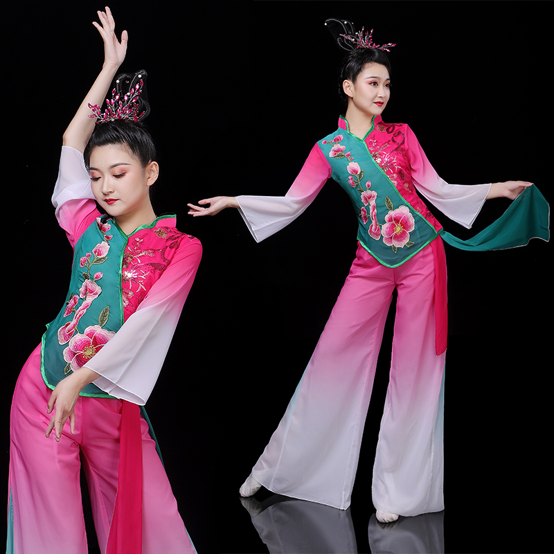 秧歌服演出服女2019新款中国风民族扇子舞蹈服装广场舞中老年套装