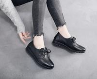 查看真皮妈妈鞋系带女鞋大码软底休闲女士单鞋平跟软皮防滑舒适工作鞋价格