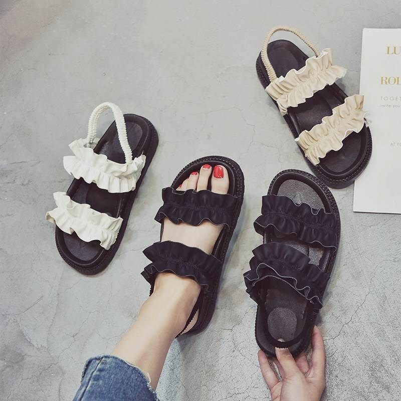Sandals womens summer 2018 new Korean thick bottom middle heel flat bottom muffin fairy womens shoes simple flat heel versatile student shoes