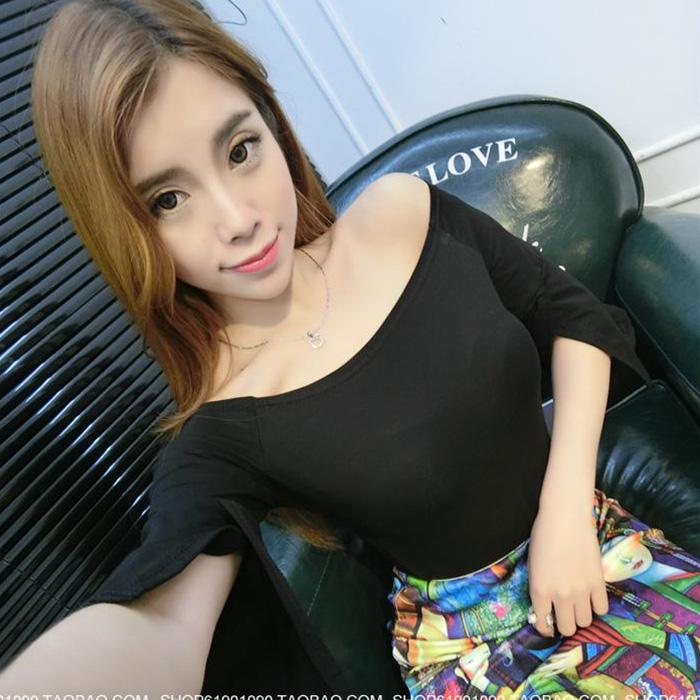 Summer Korean one neck off the shoulder top womens trumpet 7 / 3 sleeve Slim Fit Sexy small shirt base Shirt Short T-shirt