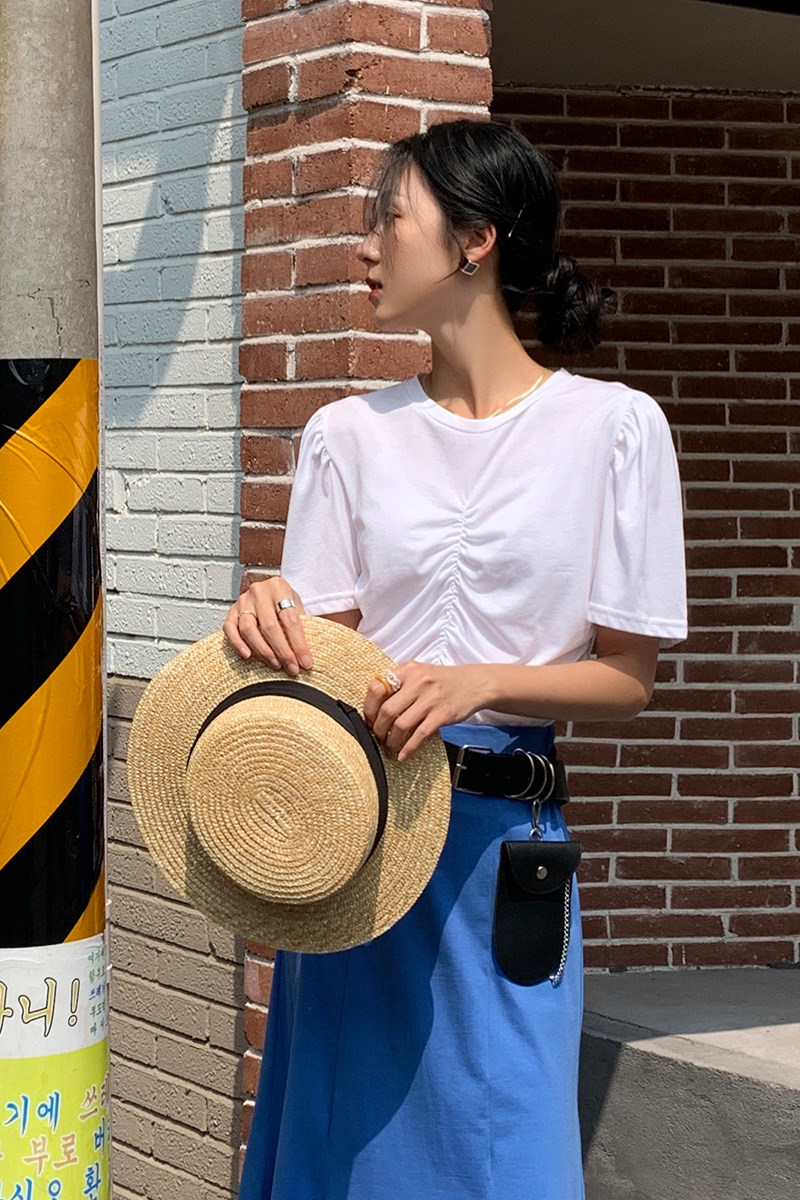2021 Korean spring and summer new versatile pleated design round neck short sleeve T-shirt temperament solid color loose top female
