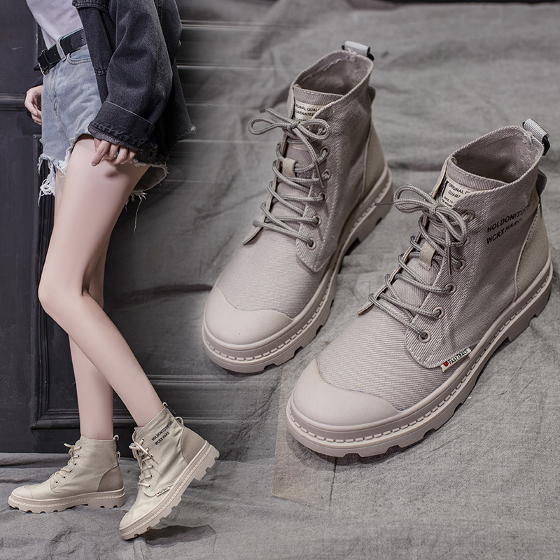 New wolf boots womens autumn 2019 online Red Street short boots spring and autumn single boots high fashion shoes Martin boots cool boots