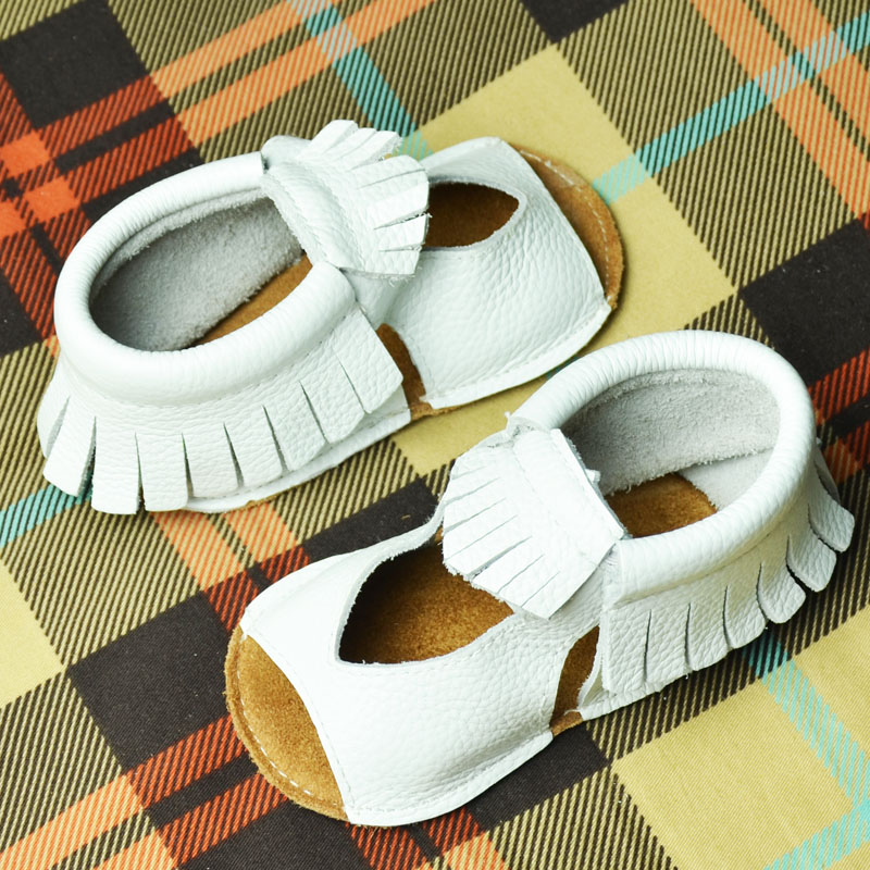 Babys hand-made walking shoes, leather soft sole, hollow tassel, summer baby sandals, non slip suede sole