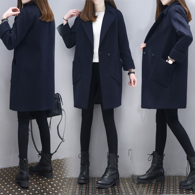 Autumn and winter 2020 new fashion Korean version showing the trend of mid long Navy wool coat