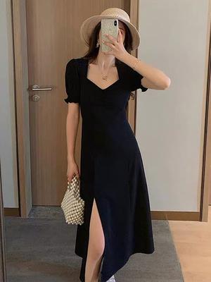 黑色连衣裙女2021年新款夏装气质方领显瘦赫本风侧开叉长款小黑裙
