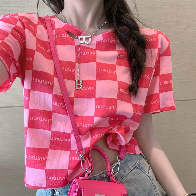 Korean version chic Sao pink rose pink heart machine neckline hole with Necklace check letter short fit Short Sleeve T