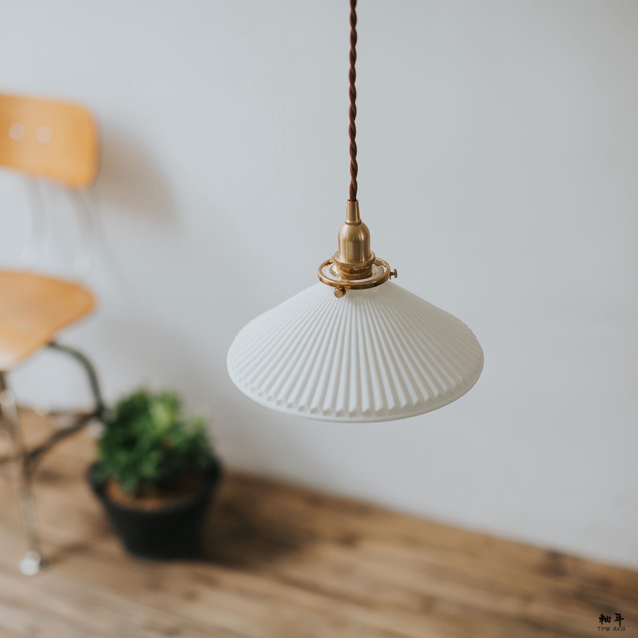 日式复古黄铜陶瓷吊灯北欧简约民宿过道床头玄关吧台飘窗灯年
