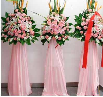 Guangyuan Lizhou District Old City Daxi Street Dongba North Street shangchenghao Street flower shop opened