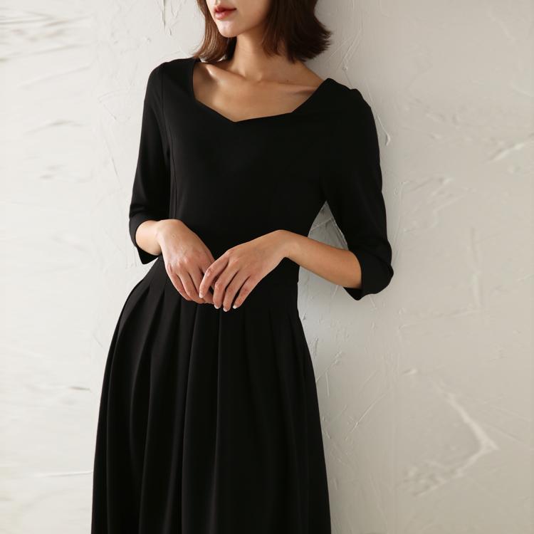秋装新款黑色中长款v领显瘦连衣裙热销21件不包邮