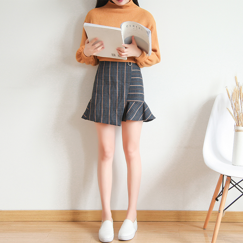 Buttock skirt spring and autumn irregular stripe anti walk skirt pants Han version high waist flounce fish tail skirt skirt skirt skirt skirt skirt