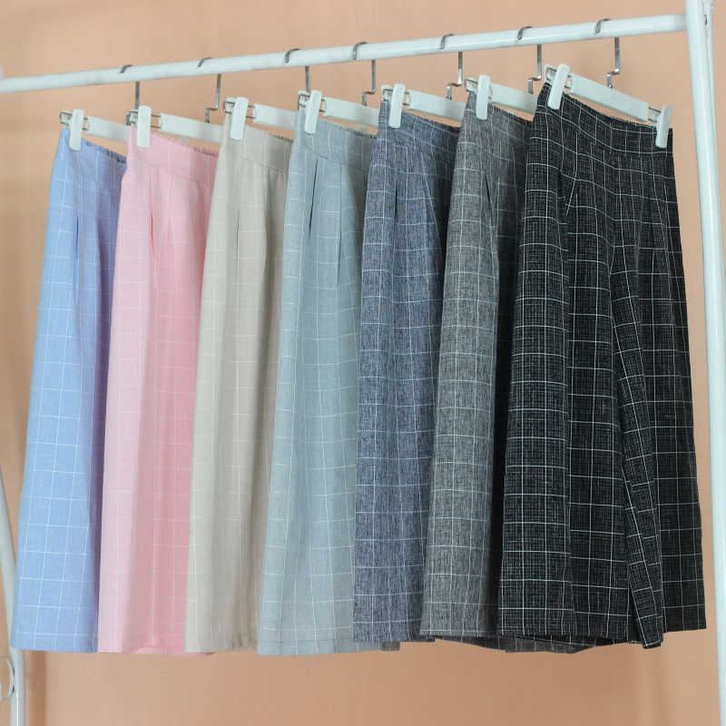 2020 Korean versatile spring and summer new 7-point high waist Plaid wide leg womens skirt pants loose students show thin big size