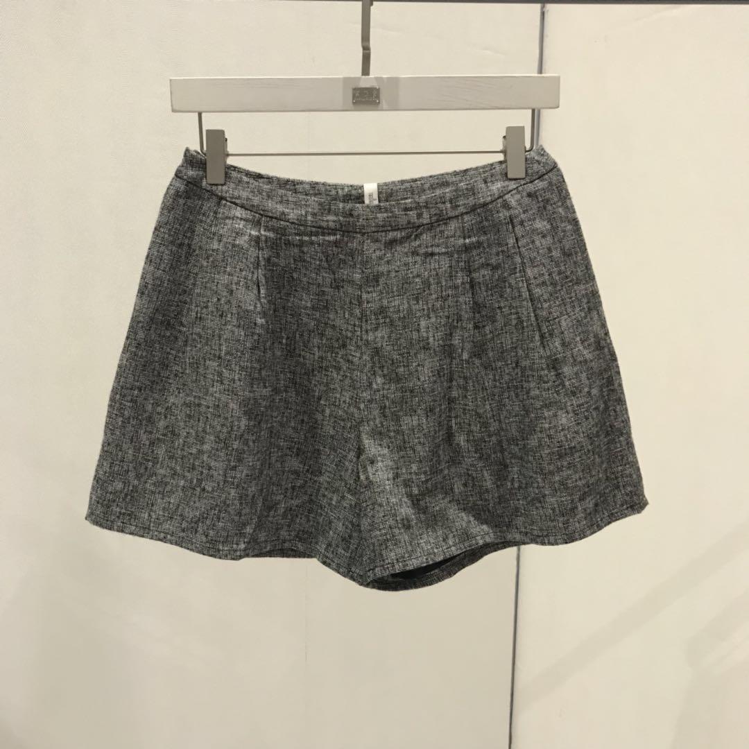 轻奢女装设计师品牌专柜精品灰色短裤095919