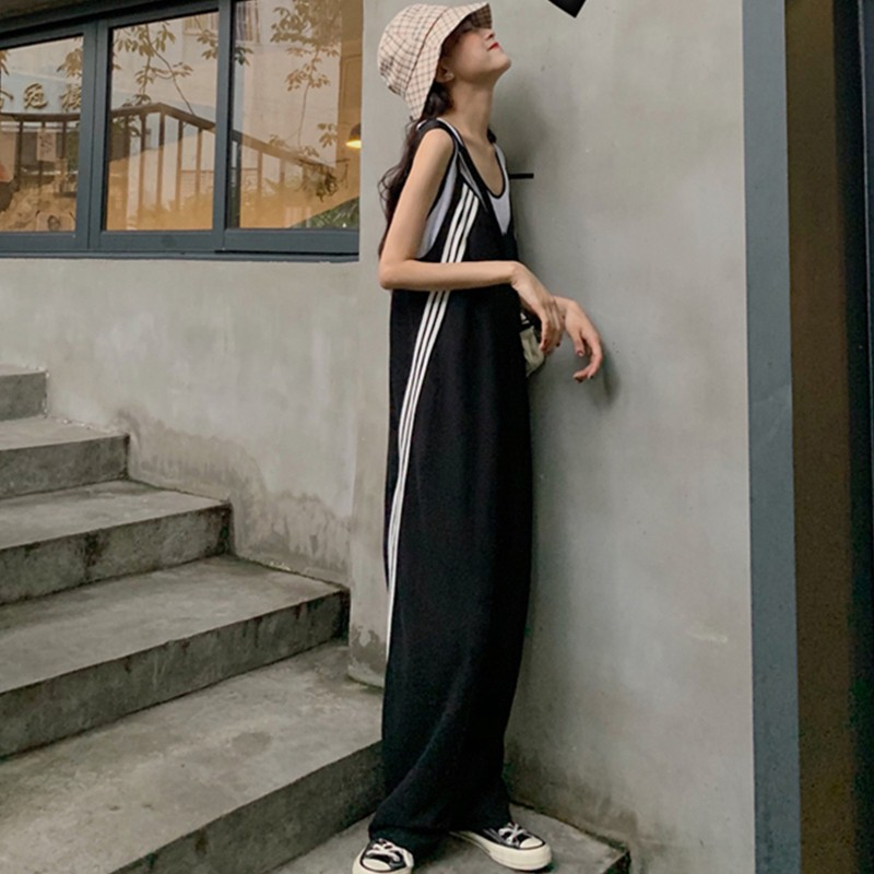 Color contrast striped suspender Jumpsuit womens new summer loose and slim V-neck casual straight tube floor dragging pants