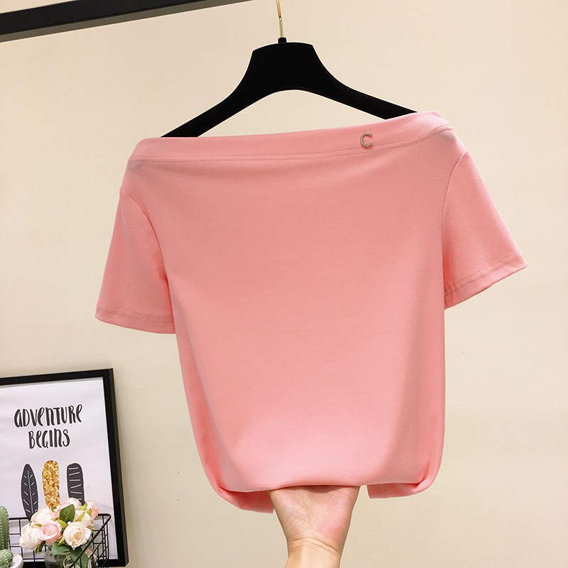 Solid color one line collar short sleeve top women 2020 summer new Korean slim Brooch Pin bead off shoulder T-shirt