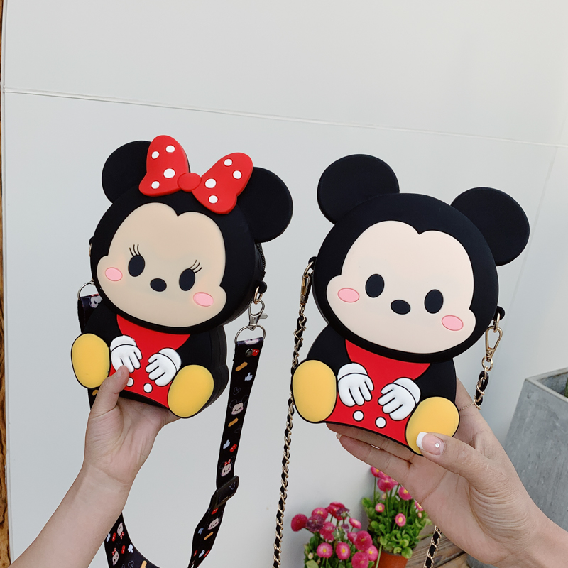 2020 new Mickey Minnie change cute cartoon childrens wallet student girl cross arm silicone Mini Backpack