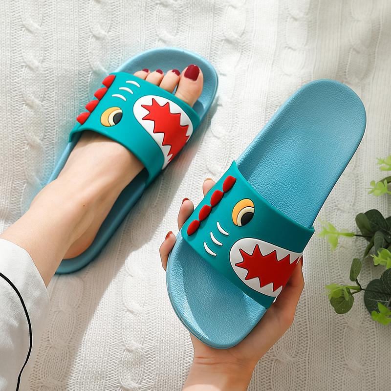 家居卡通凉拖鞋女士家用夏天防滑室内洗澡情侣夏季浴室拖鞋男外穿
