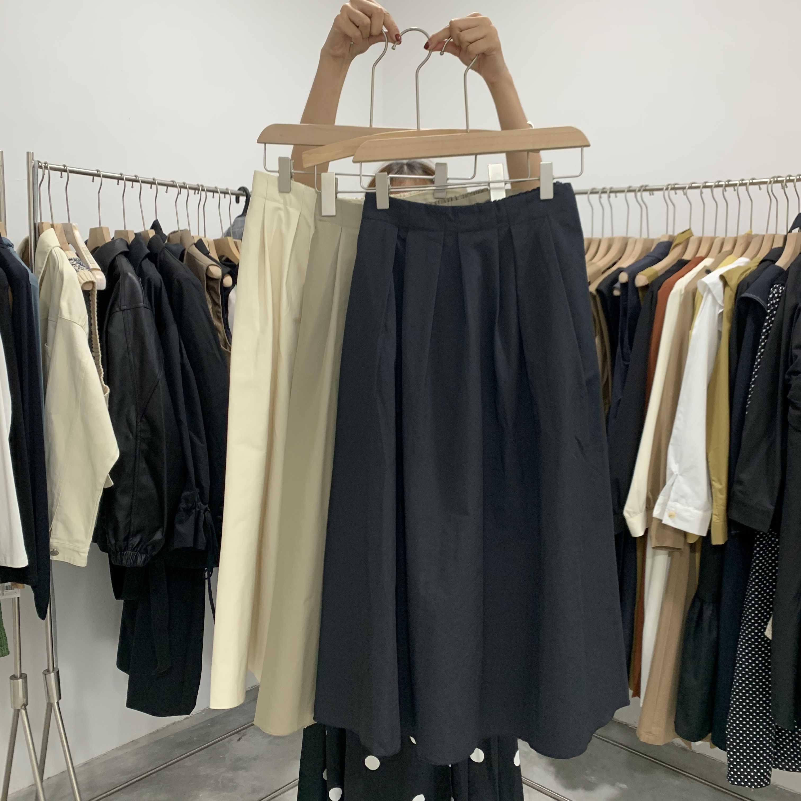85.00元包邮in 2019秋季新款纯色显瘦半身裙