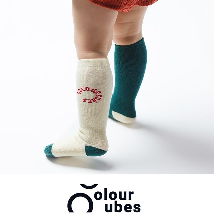 colourcubes ab夏の男女の児童の純綿の赤ちゃんの骨がない床板の薄い項の湿っている背が高い筒の靴下
