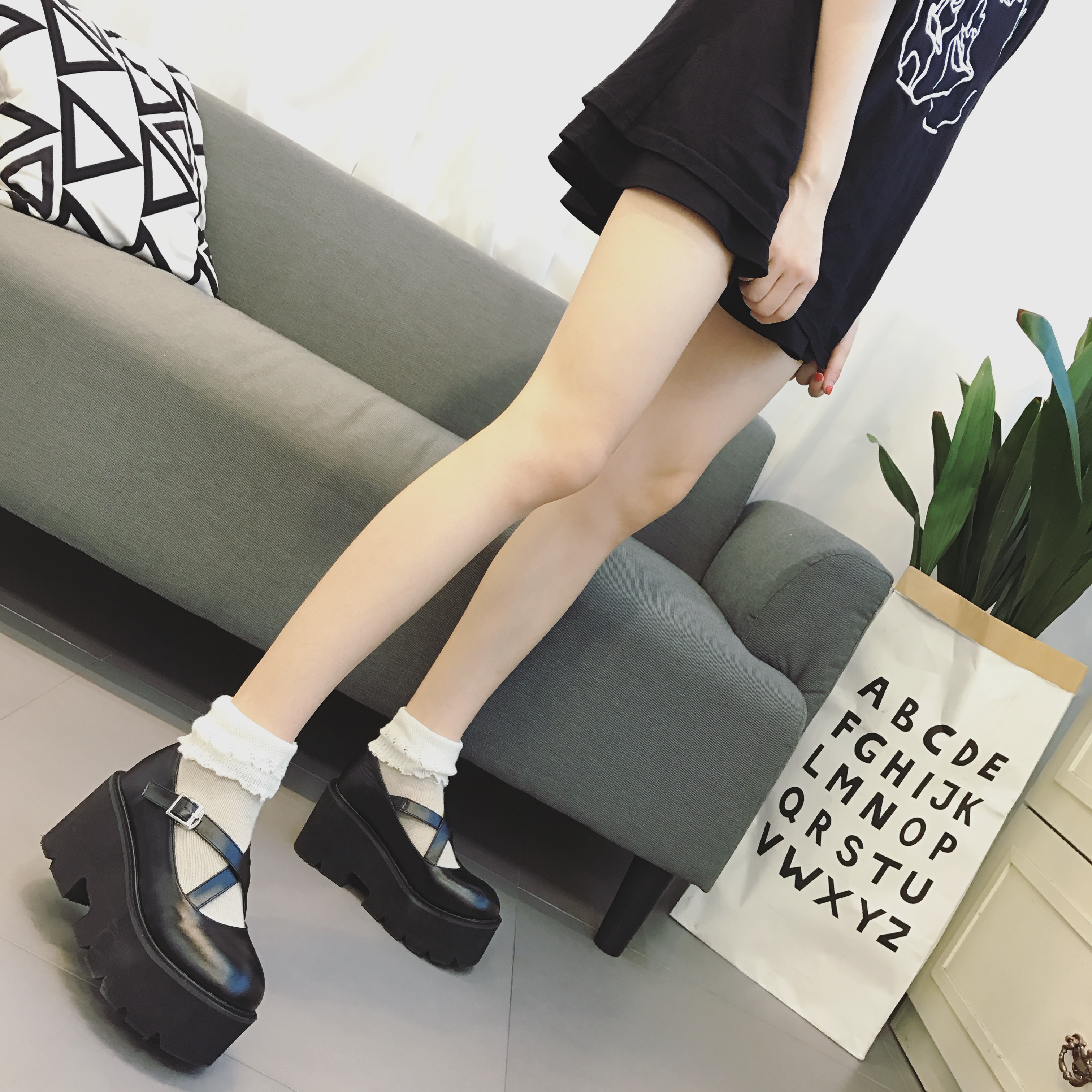 Japanese round head shallow mouth soft girl cos cross strap single shoes Lolita high heel thick soled shoes Lolita princess shoes
