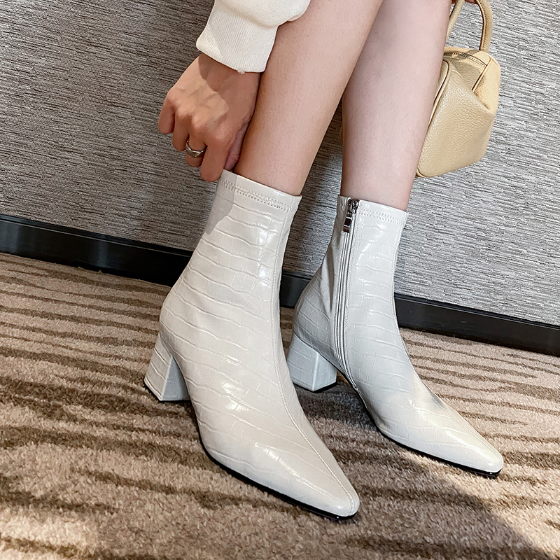 Autumn / winter 2020 new leather stone pointed short boots womens thick heel medium heel Martin boots, Chelsea Cavalier womens Boots