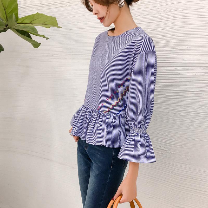 艾夫斯喇叭袖条纹刺绣衬衫女2018秋季新款韩版套头显瘦圆领衬衣