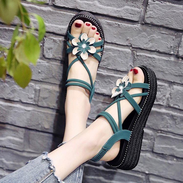 Flat Suede Sandals womens new summer 2020 floral Rhinestone Pullover sandals open toe thick soled slope heel Roman shoes