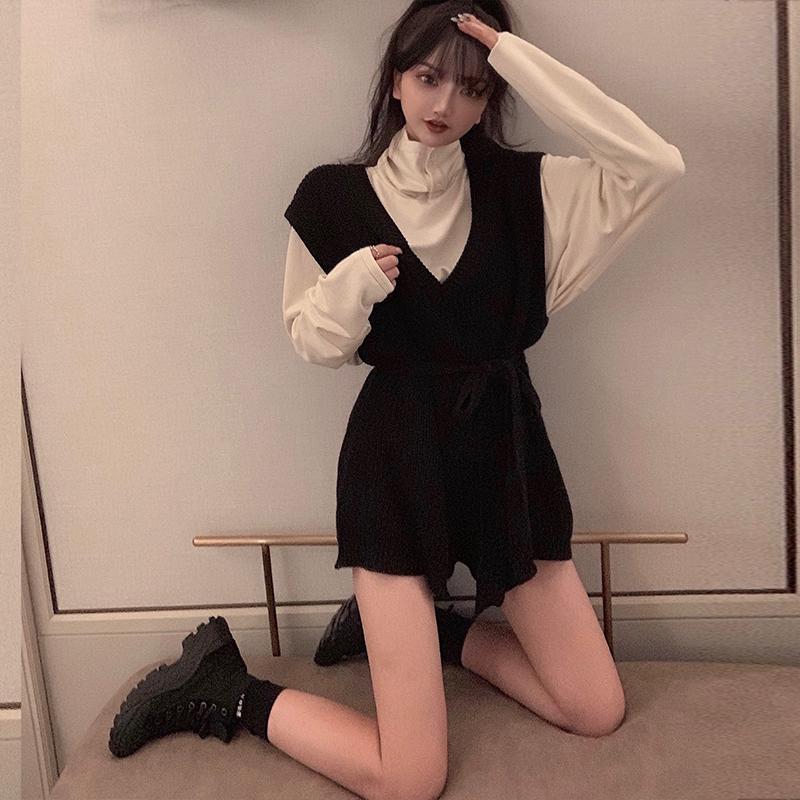 套装秋装小个子搭配长袖+黑色t恤五折促销