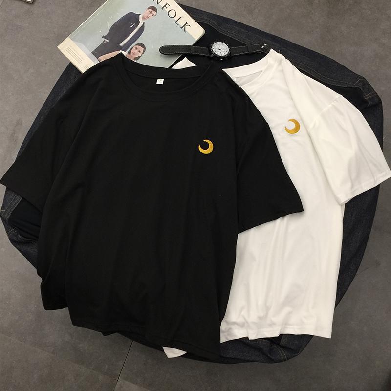 Summer womens Korean loose and versatile moon embroidery lovers 5-sleeve T-shirt thin Short Sleeve T-Shirt Top