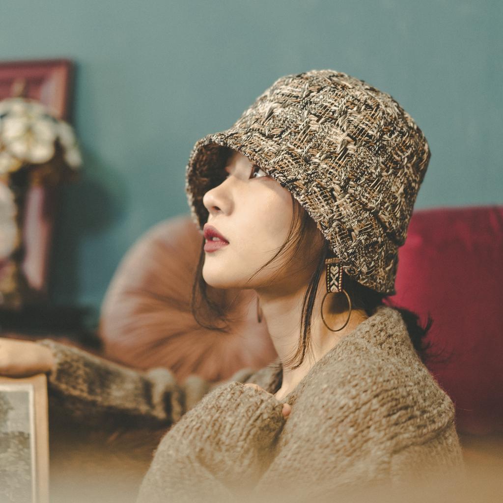MING 奥斯汀 原创粗花呢小香风定织软呢优雅复古钟形帽不规则盆帽