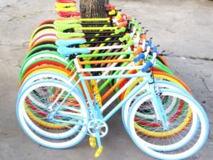 死飞自行车男款带刹车手刹男式学生26寸荧光彩色倒骑活飞单车整车