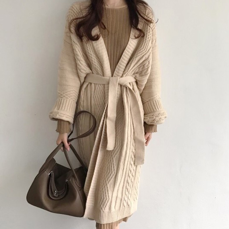 21 autumn and winter New Vintage loose twist apricot sweater coat lazy wind long wool knitted cardigan women