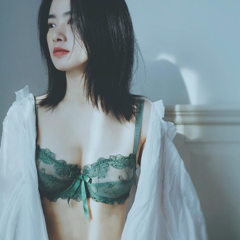 花妃心物 内衣女薄款大胸显小超薄蕾丝性感胸罩显胸小文胸套装