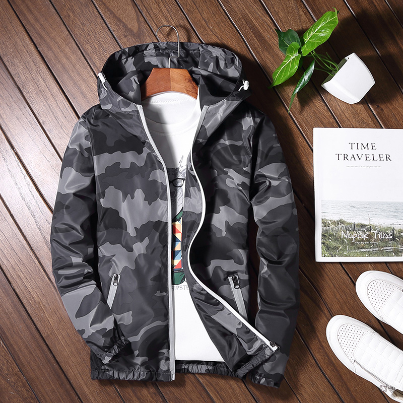 Mens spring camouflage hooded thin couple jacket reflective outdoor leisure sports large sunscreen windbreaker